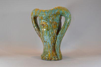 VALLAURIS  Vase en forme de femme  Gré émaillé...