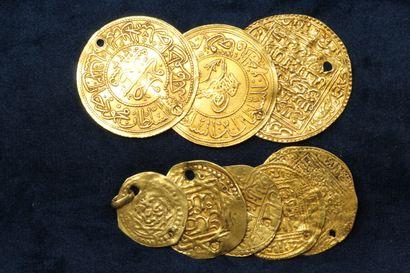 Lot de 8 monnaies d'or, dont notamment des...