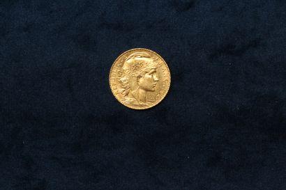 Une pièce en or de 20 francs au Coq (1912...
