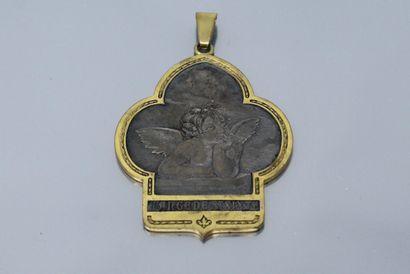 Important pendentif figurant l'ange de Saint-Sixte...