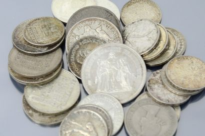 Lot de pièces en argent composé de :  - 5 x 20 Francs Turin 1938x3, 1933x2.  - 2...