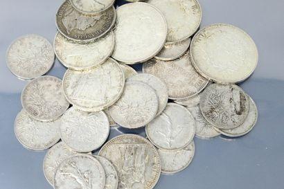 Lot de 27 pièces en argent, comprenant :...
