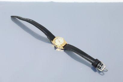 LIP  Montre bracelet de dame, boîtier en...