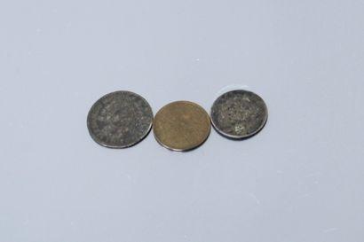 Lot de trois pièces :    - 20 centimes Napoléon...