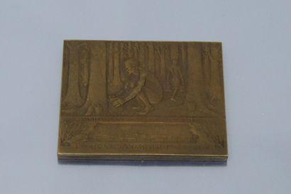 """Médaille de table rectangulaire en bronze inscrite :  Avers : """"J.B. DUNLOP / 1888..."""