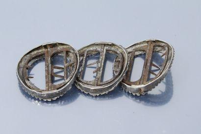 Trois boucles de soulier ou boucles de chaussure en argent (poinçons 1er coq et...
