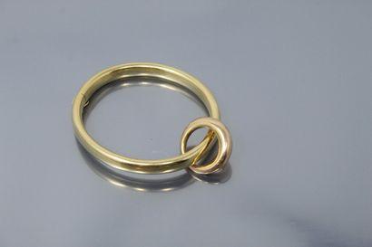 Bracelet en or jaune 18K (750) rigide, portant...