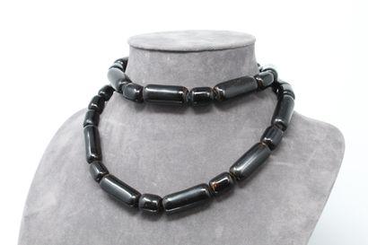 Collier de perle de corail noir, certaines...