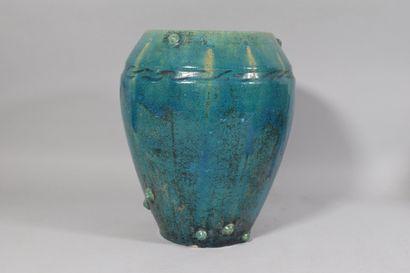 Vase en céramique vernissée turquoise  H:...
