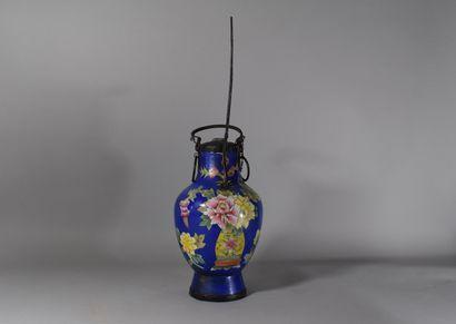 Grande pipe à l'opium à décor de fleurs  H:...
