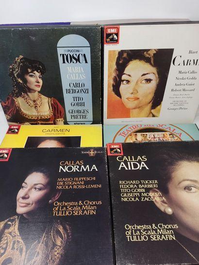 Manette d'ouvrages et de disques sur Maria...