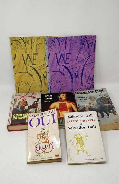 Lot de livres sur Salvador Dali    Deux exemplaires...