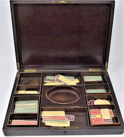 Boîte à jeu rectangulaire en bois noirci,...