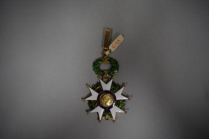 Etoile de Commandeur de la Légion d'honneur.  Or  Epoque Ve République  Poids b...