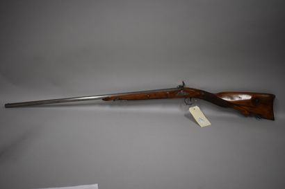 Carabine à silex transformée à percussion, long canon rond, fut court et crosse...