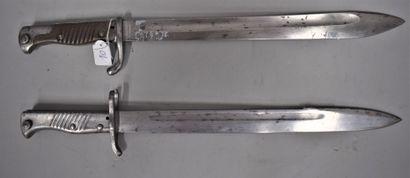 Lot de deux baïonnettes Mauser 1898-05 dont...