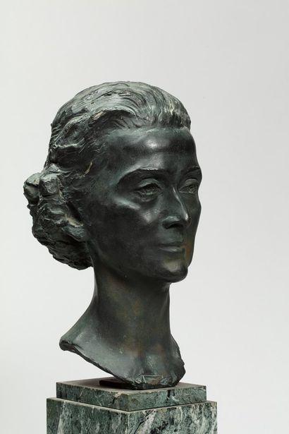 N. A. TREGER , XXe siècle  Portrait d'Anna...