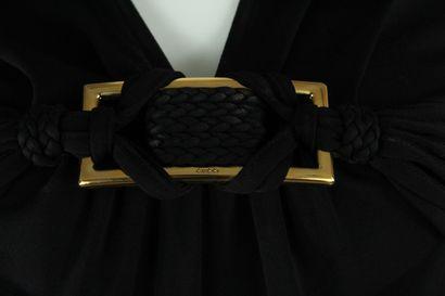GUCCI (par Frida Giannini)    Top à manches courtes noir en mailles à motif de passementerie...