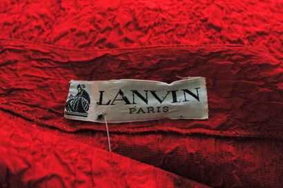 LANVIN (circa 1980)    Red cocktail dress in crepe, skirt lined. Pleated and gathered...