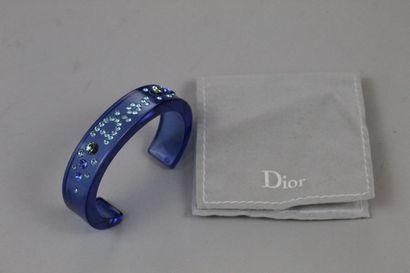 CHRISTIAN DIOR    Bracelet en plexiglass...