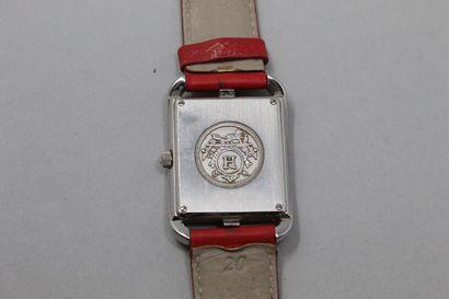 HERMES  Montre bracelet, boîtier rectangulaire en métal argenté, cadran carré à...
