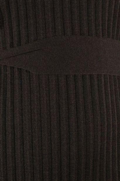 CELINE    Robe pull col roulé en laine et soie à manches courtes et détail de plissé....