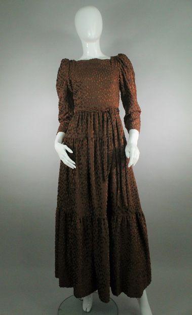 LANVIN (circa 1970)    Robe du soir marron...