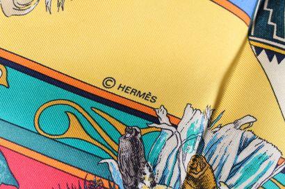 """HERMES    Carré modèle """"Katchinas"""" en soie rouge, bleue, jaune, verte et blanche...."""