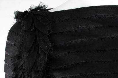 CHANEL    Collection Automne 2012, Passage n°49 (modèle Isabella Melo)    Haut à...