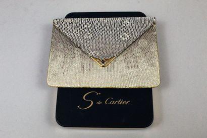 Saphir de Cartier  Pochette en lézard teinté...