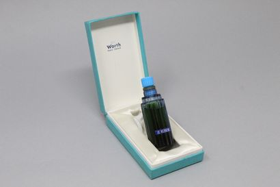 """WORTH """"Je reviens""""    LALIQUE glass perfume bottle, in its original numbered box...."""