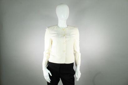 BURBERRY    Veste courte blanche à manches...