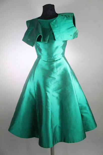 """CHRISTIAN DIOR Haute couture. Autumn/Winter 1961, """"Charme 62"""" collection. Cocktail..."""