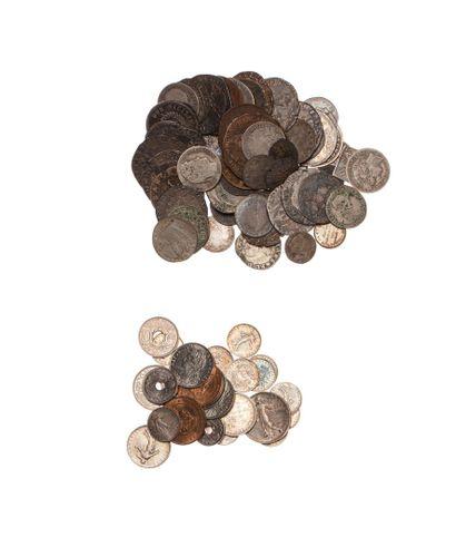 Lot de 98 monnaies Françaises en argent et...