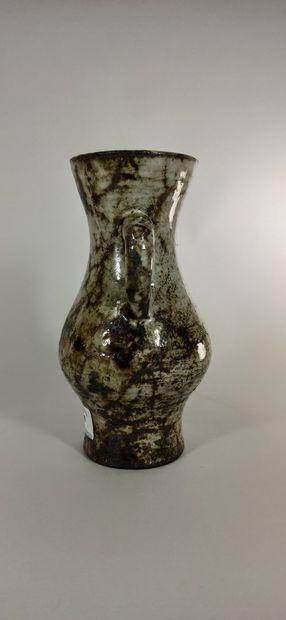 DERVAL Jean (1925 - 2010)  Vase à deux anses....