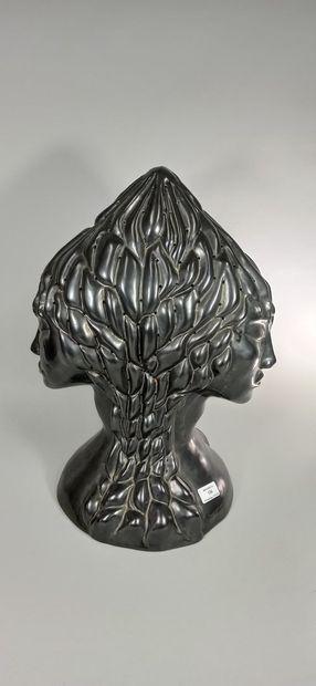 MARAIS Jean (1913 -1998)  Sculpture de têtes...