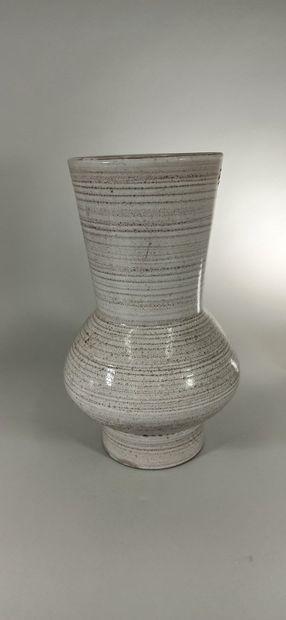 GRANDJEAN-JOURDAN (XXe siècle)  Grand vase...