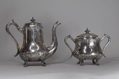 Théière et sucrier en métal argenté poinçon MORLOT  - Sucrier H: 16 cm  - Théière...