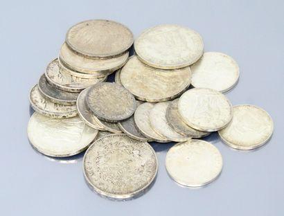 Lot de pièces en argent comprenant :  - 6...