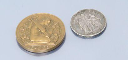 Lot comprenant :  - 5 francs Hercule en argent...