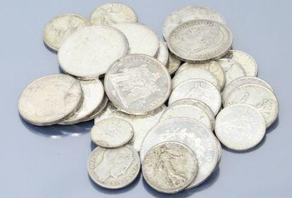 Lot de pièces en argent :  -15 x 5 Francs...
