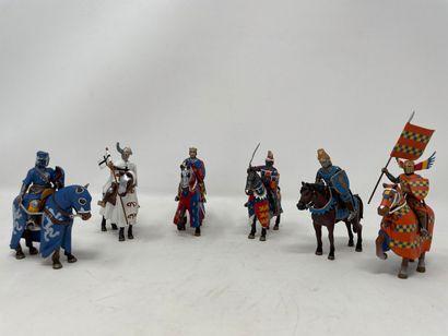 Divers modernes : Chevaliers du Moyen-âge...