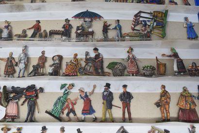 Plats d'Etain - peintures fines : Scènes romantiques - Cavaliers du 17ème siècle...