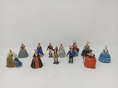 Gustave VERTUNNI et DUMESNIL : Douze figurines...
