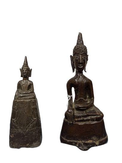 THAILANDE - XVIIe/XVIIIe siècle  Deux statuettes...