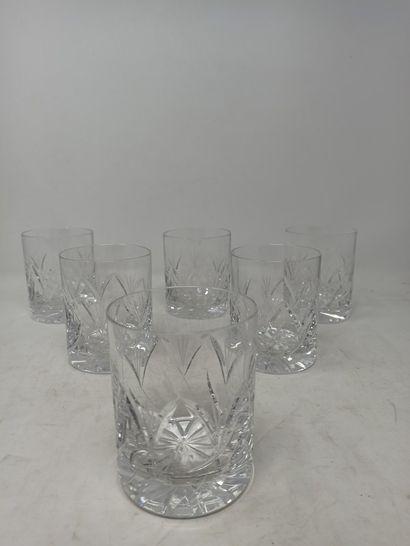 CRISTAL DE BOHEME  Six verres à whisky en...