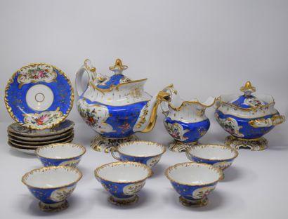 Porcelaine de Paris,  Service fond bleu et...