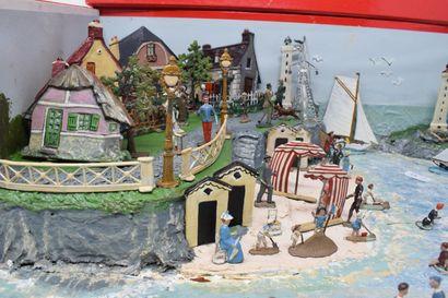 CBG ½ Ronde Bosse : Scène constituée de la plage de Trouville.  Eléments anciens...
