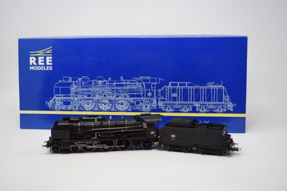 REE MODELS (Rail Europ Express): Locomotive...
