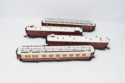 Lot de voitures et wagons divers comprenant CIWL - Trans-céréales - tombereau -...